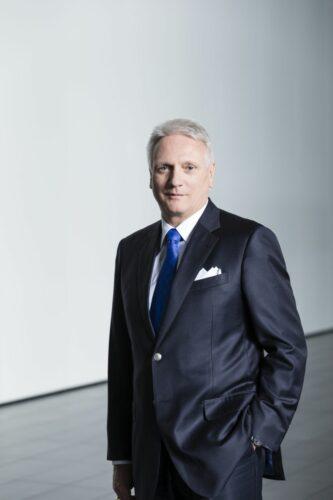 Prof. Dr. Winfried Vahland_PDG de ŠKODA Auto jusq'en novembre 2015_1.jpg