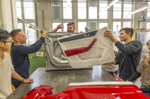 AZUBI CAR 2018 - Debut de lassemblage 3-jpg