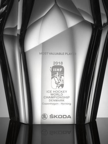 trophée 2018 meilleur joueur des championnats du monde de Hockey sur Glace (2)
