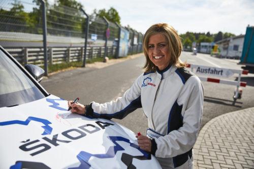 Sabine SCHMITZ – record du KODIAQ RS au Nurburgring 4-jpg